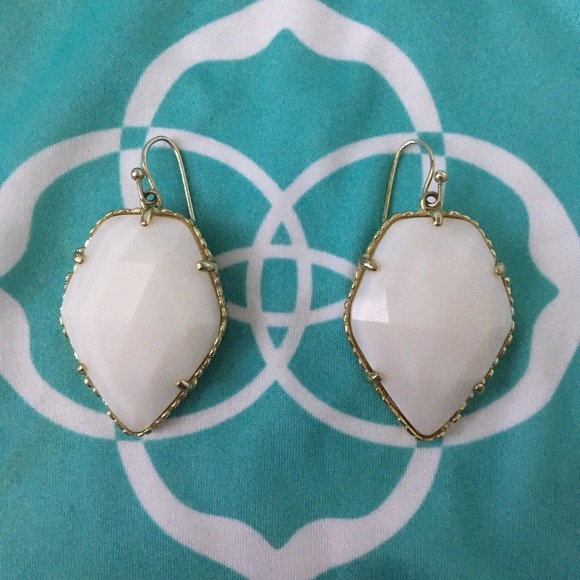 Kendra Scott White MOP Corley Earring W/ Dust Bag